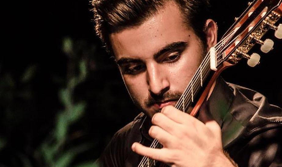 Il chitarrista cagliaritano Luca Micheletto in concerto a Nuoro.