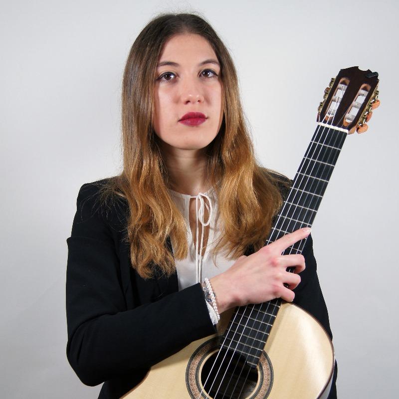 Sara Celardo, chitarrista.